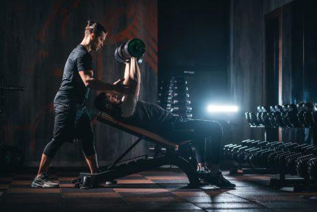 Basta sala pesi: meglio lo studio del personal trainer!