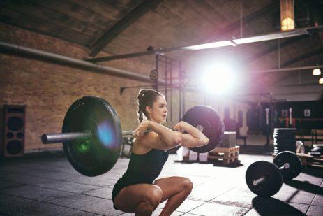 I pesi mi fanno diventare grossa? La grande paura delle donne.